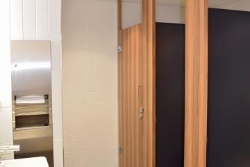 45-Clarence-bathroom